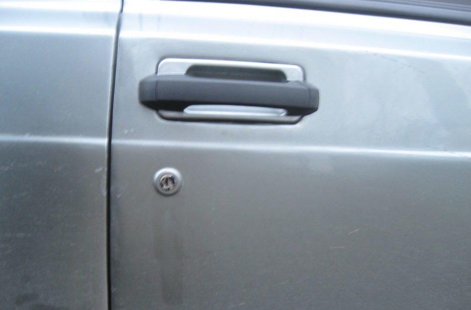 Внешний вид двери с обновленной ручкой