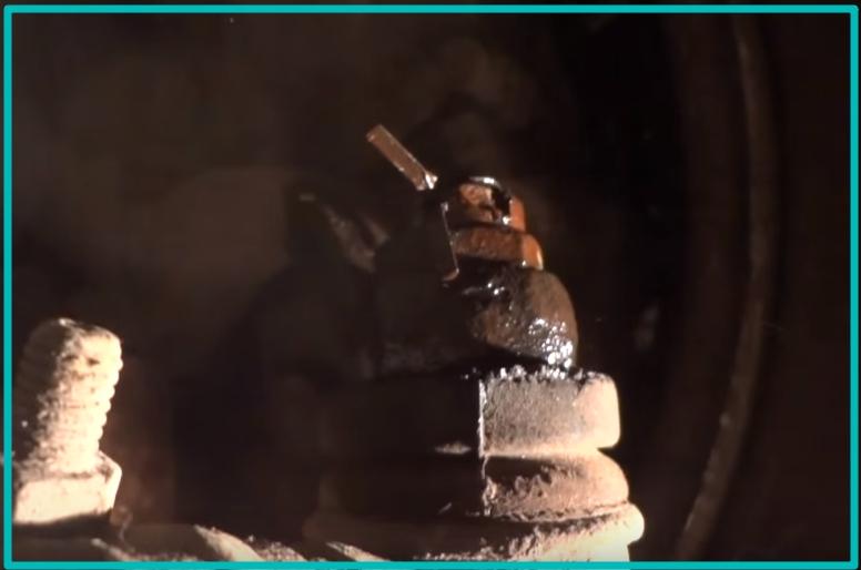Крепление наконечника гайкой со шплинтом