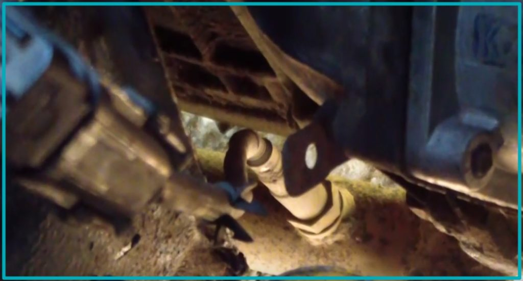 Расположение на выхлопной трубе